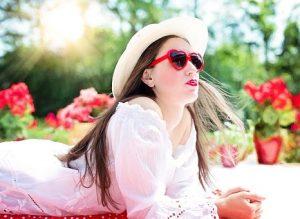 pretty-woman-812878__340